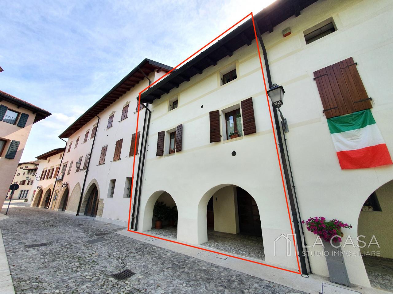 Porzione di Centro Storico a Valvasone - Rif.C9 https://images.gestionaleimmobiliare.it/foto/annunci/200526/2249330/1280x1280/000__20200522_110203_wmk_0.jpg