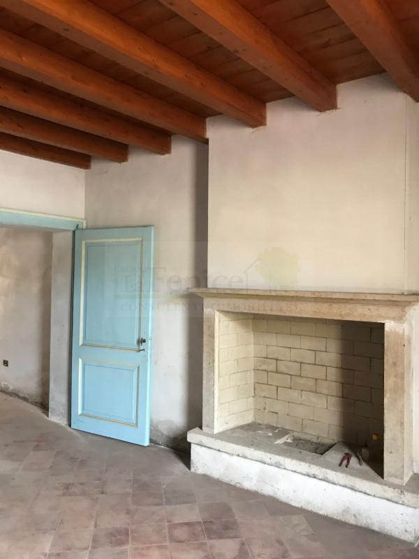 Rustico / Casale in vendita a Castel Goffredo, 6 locali, Trattative riservate | PortaleAgenzieImmobiliari.it