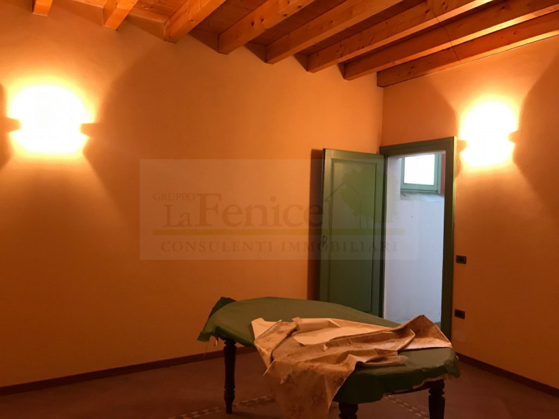 CASTEL GOFFREDO RUSTICO DI PREGIO - https://images.gestionaleimmobiliare.it/foto/annunci/200616/2256333/800x800/004__img_9047_wmk_0.jpg