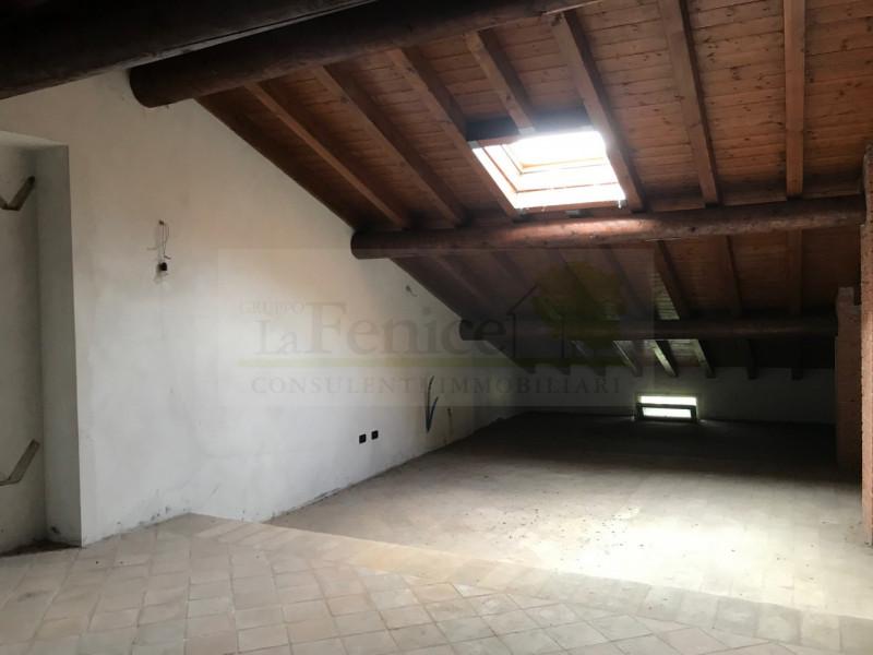 CASTEL GOFFREDO RUSTICO DI PREGIO - https://images.gestionaleimmobiliare.it/foto/annunci/200616/2256333/800x800/011__img_9054_wmk_0.jpg
