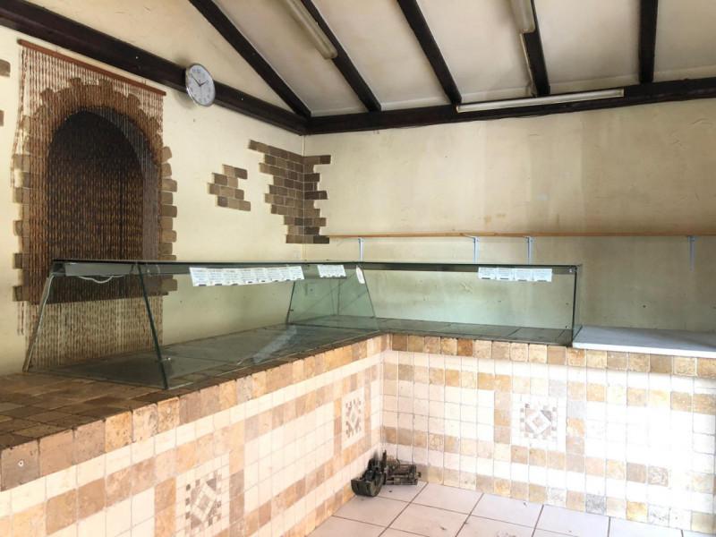 Negozio / Locale in vendita a Siracusa, 9999 locali, zona Località: Santa Panagia, prezzo € 43.000   CambioCasa.it