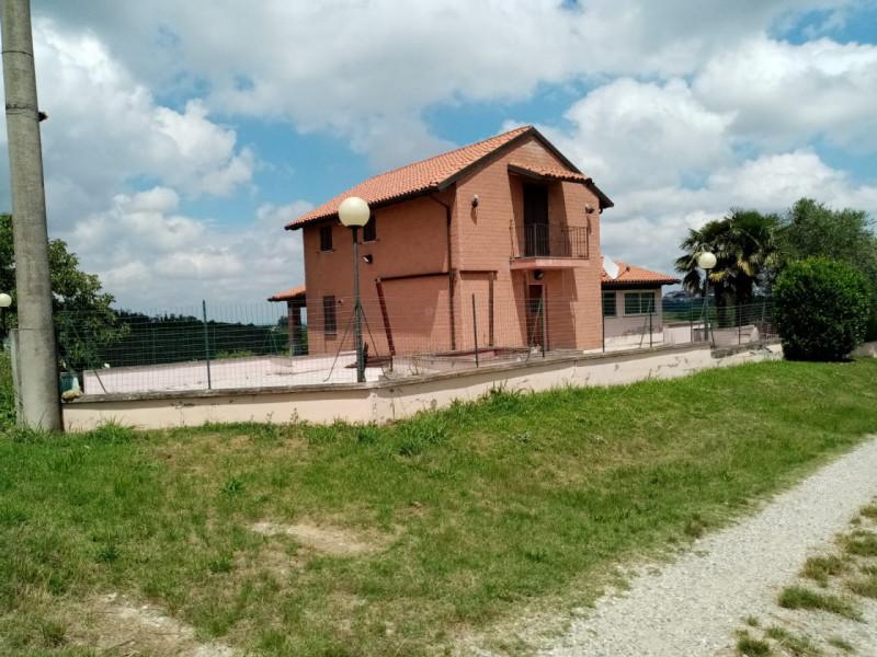 Villa in vendita a Camagna Monferrato, 3 locali, zona Località: Camagna Monferrato, prezzo € 240.000 | CambioCasa.it