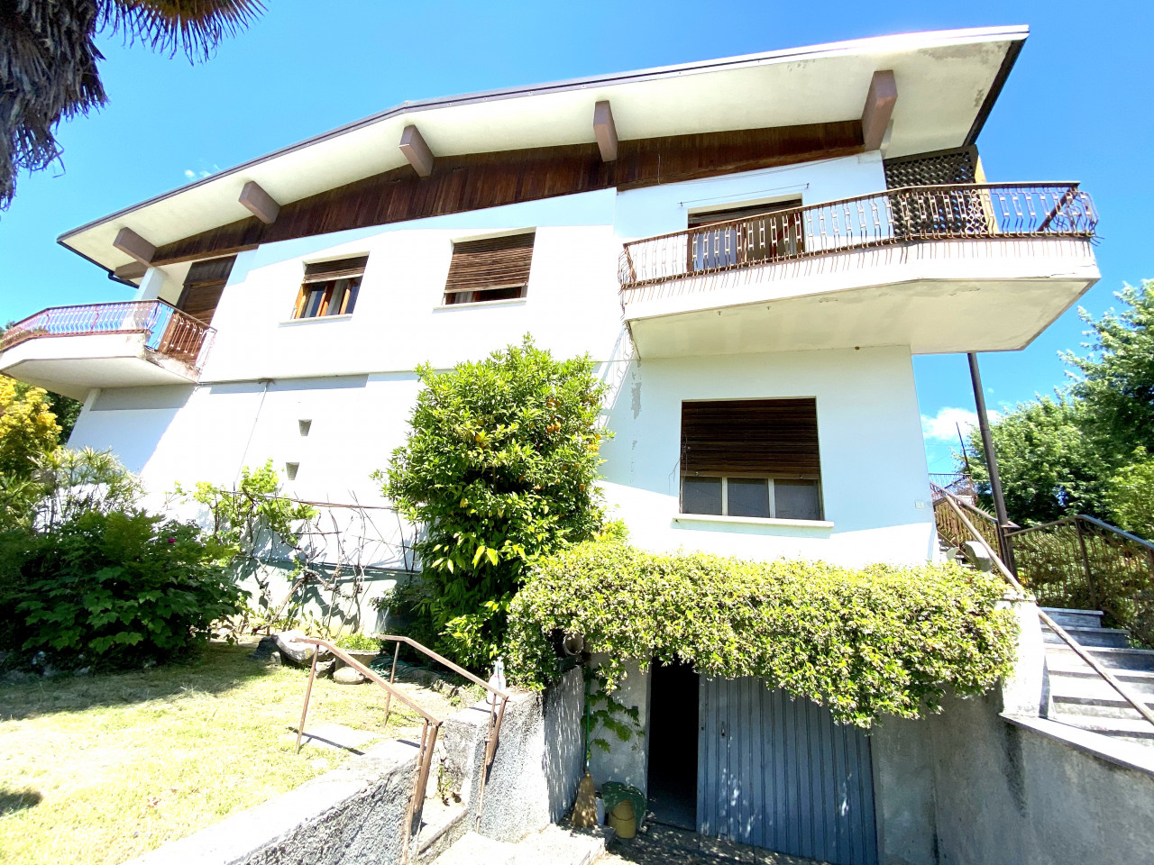 Casa singola con capannone in vendita in centro a Budoia - Rif. V.D.1 https://images.gestionaleimmobiliare.it/foto/annunci/200702/2265893/1280x1280/000__img_2968.jpg