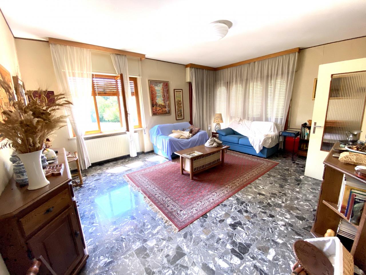 Casa singola con capannone in vendita in centro a Budoia - Rif. V.D.1 https://images.gestionaleimmobiliare.it/foto/annunci/200702/2265893/1280x1280/001__img_2975.jpg