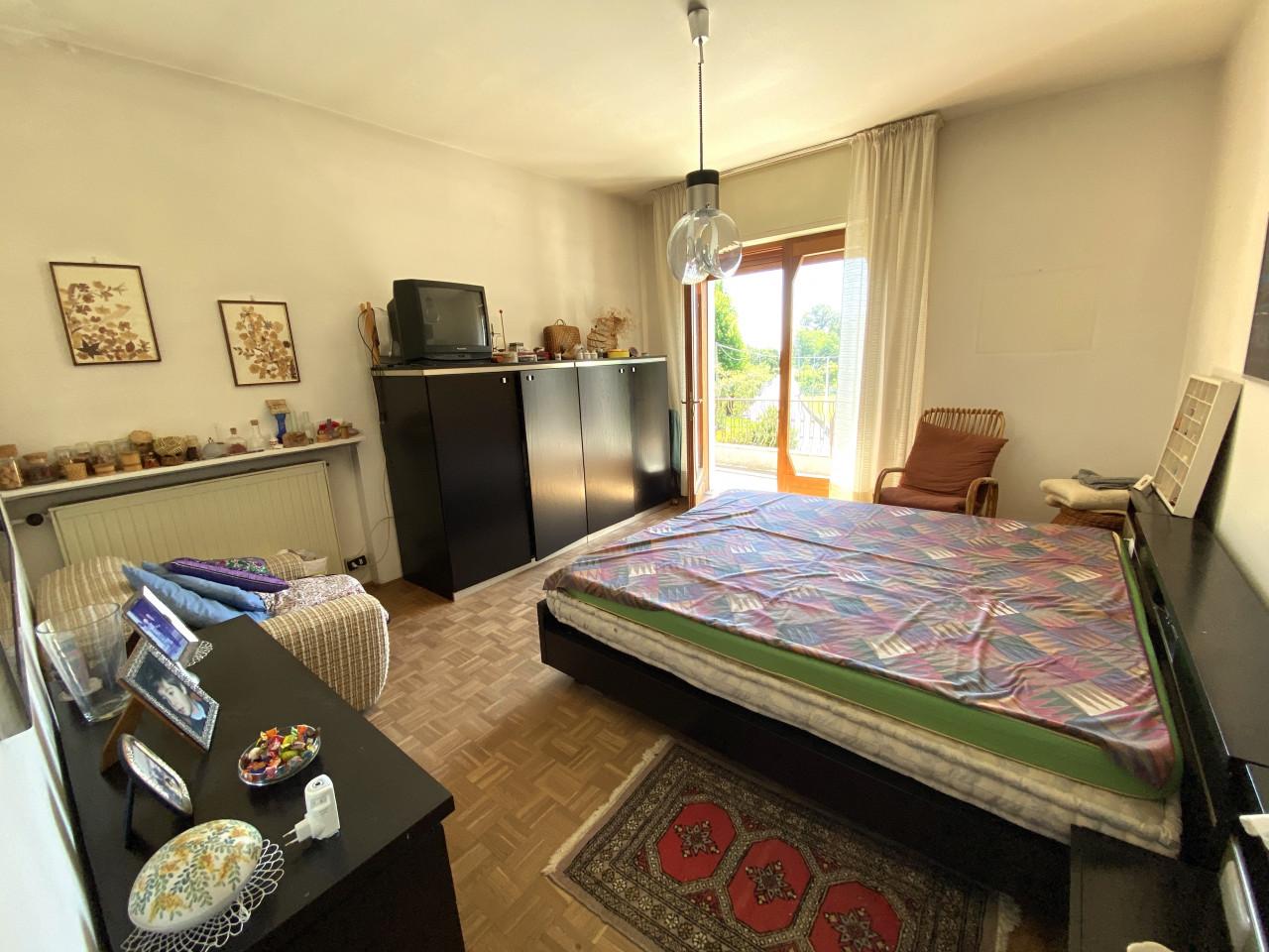 Casa singola con capannone in vendita in centro a Budoia - Rif. V.D.1 https://images.gestionaleimmobiliare.it/foto/annunci/200702/2265893/1280x1280/008__img_2985.jpg