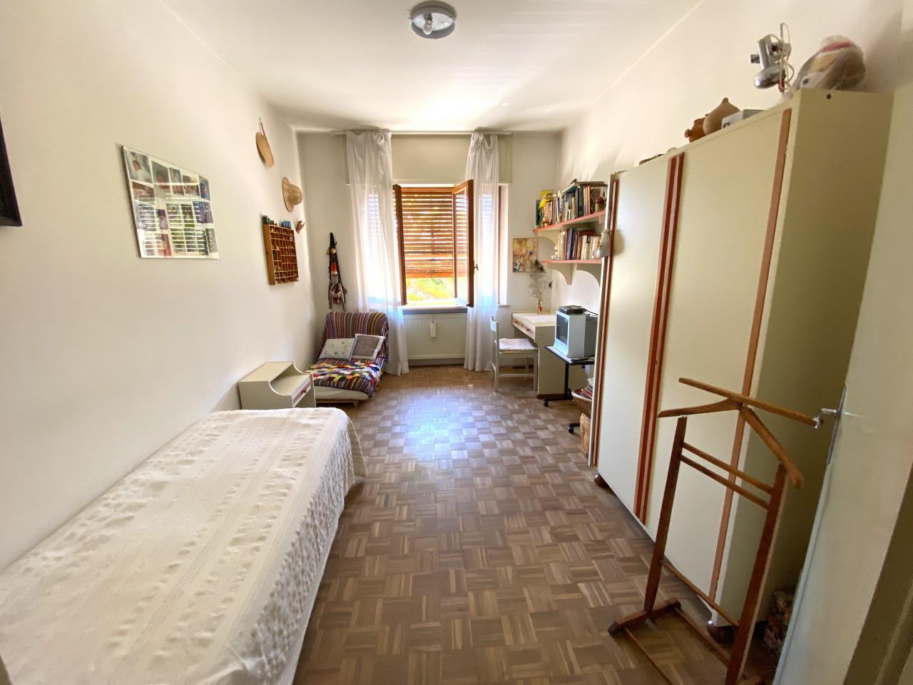 Casa singola con capannone in vendita in centro a Budoia - Rif. V.D.1 https://images.gestionaleimmobiliare.it/foto/annunci/200702/2265893/1280x1280/011__img_2981.jpg