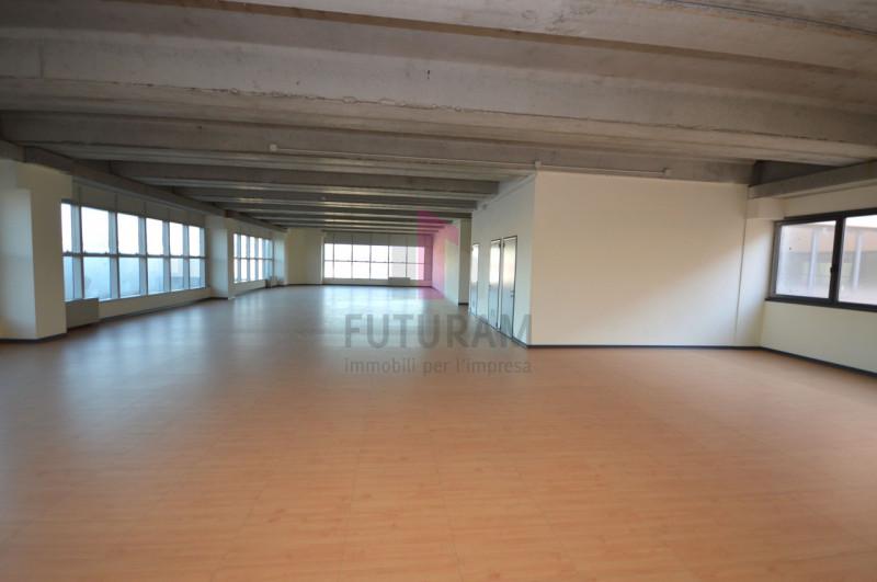 Ufficio in affitto a Vicenza - https://images.gestionaleimmobiliare.it/foto/annunci/200727/2277811/800x800/001__3.jpg
