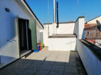 Adria: Appartamento con terrazzo.