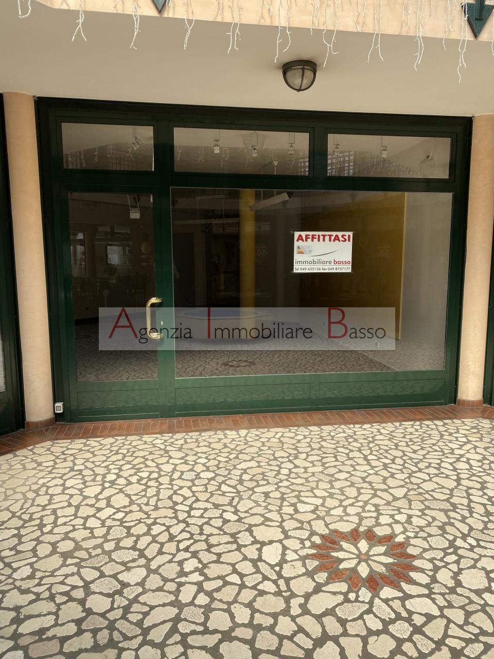 Negozio in affitto a Abano Terme