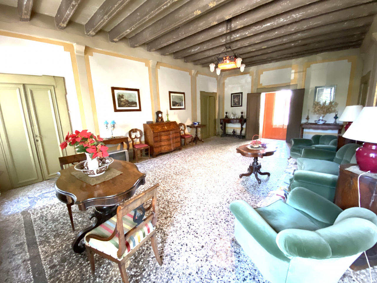 Dimora Storica in vendita in Centro a Valvasone - Rif.P1 https://images.gestionaleimmobiliare.it/foto/annunci/200820/2282895/1280x1280/006__img_3573.jpg