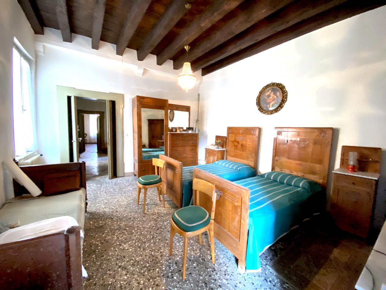 Dimora Storica in vendita in Centro a Valvasone - Rif.P1 https://images.gestionaleimmobiliare.it/foto/annunci/200820/2282895/1280x1280/010__img_3580.jpg