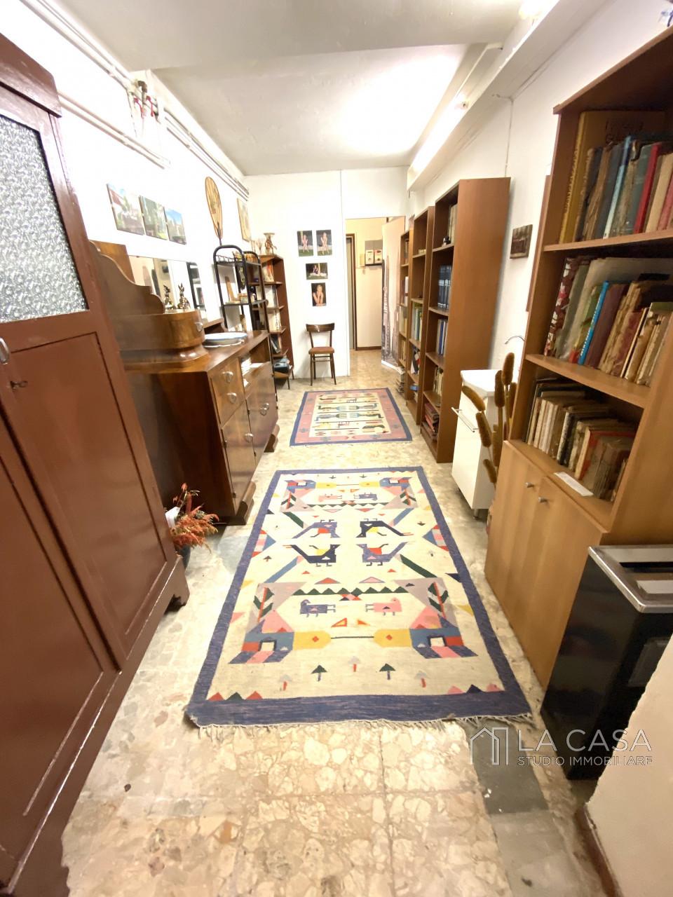 Palazzo plurifamiliare in vendita a Valvasone Arzene - Rif. P3 https://images.gestionaleimmobiliare.it/foto/annunci/200827/2284141/1280x1280/004__img_3696_wmk_0.jpg