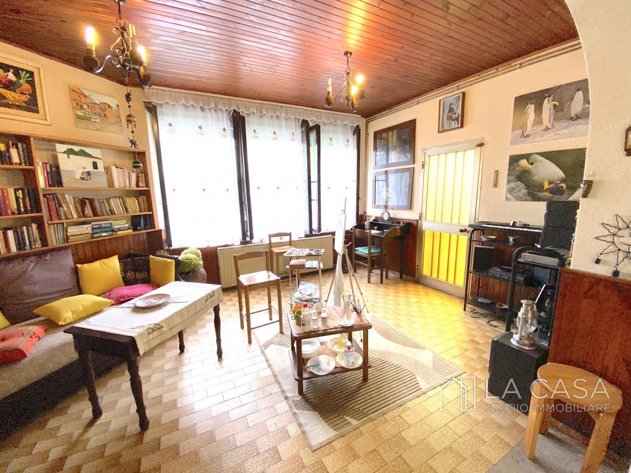 Palazzo plurifamiliare in vendita a Valvasone Arzene - Rif. P3 https://images.gestionaleimmobiliare.it/foto/annunci/200827/2284141/1280x1280/005__img_3694_wmk_0.jpg