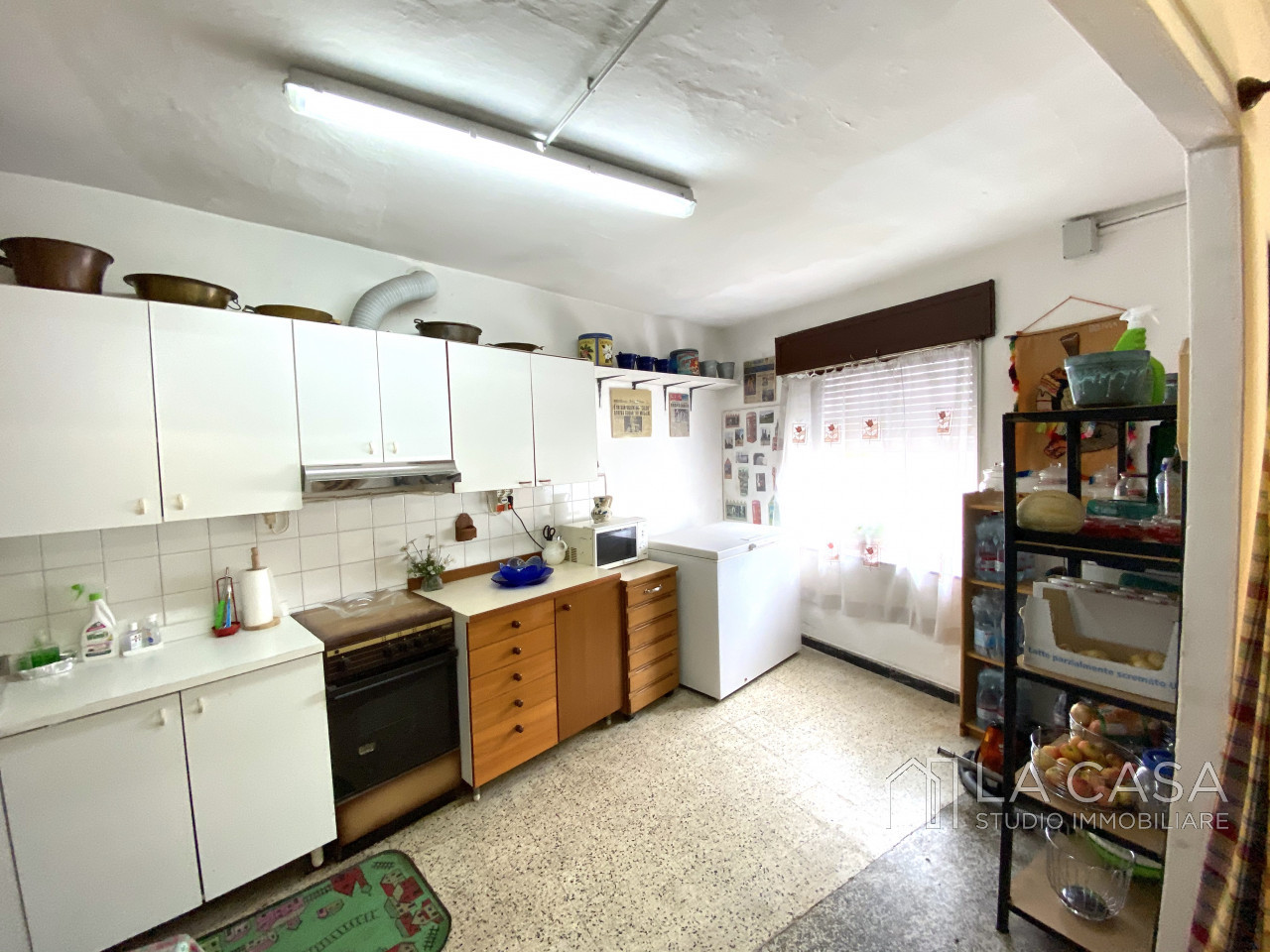 Palazzo plurifamiliare in vendita a Valvasone Arzene - Rif. P3 https://images.gestionaleimmobiliare.it/foto/annunci/200827/2284141/1280x1280/006__img_3701_wmk_0.jpg