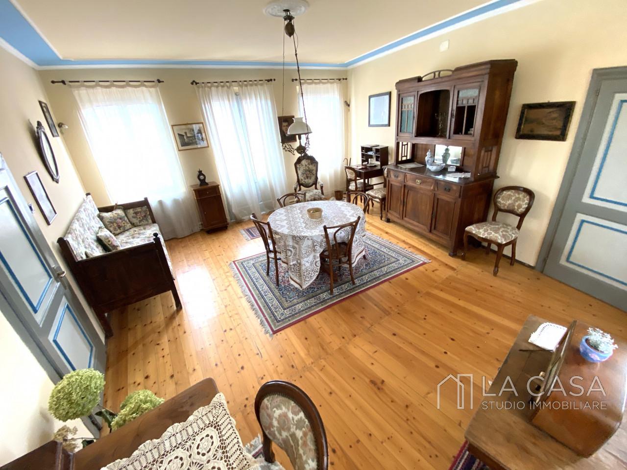 Palazzo plurifamiliare in vendita a Valvasone Arzene - Rif. P3 https://images.gestionaleimmobiliare.it/foto/annunci/200827/2284141/1280x1280/008__img_3720_wmk_0.jpg