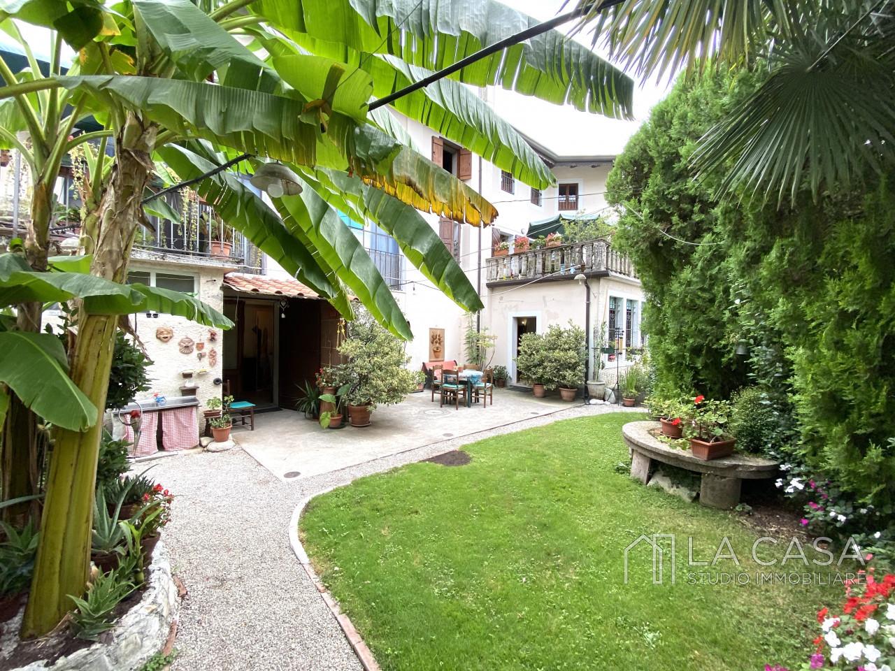 Palazzo plurifamiliare in vendita a Valvasone Arzene - Rif. P3 https://images.gestionaleimmobiliare.it/foto/annunci/200827/2284141/1280x1280/024__img_3736_wmk_0.jpg