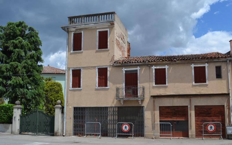 Negozio / Locale in vendita a Cartura, 9999 locali, zona Località: Cartura - Centro, prezzo € 30.000 | CambioCasa.it