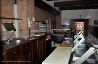 LC23- Rent commercial space in the center of Paciano
