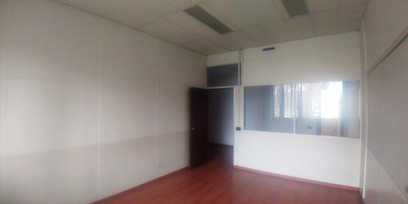 Ufficio / Studio in affitto a Cinisello Balsamo, 4 locali, prezzo € 12.375 | PortaleAgenzieImmobiliari.it