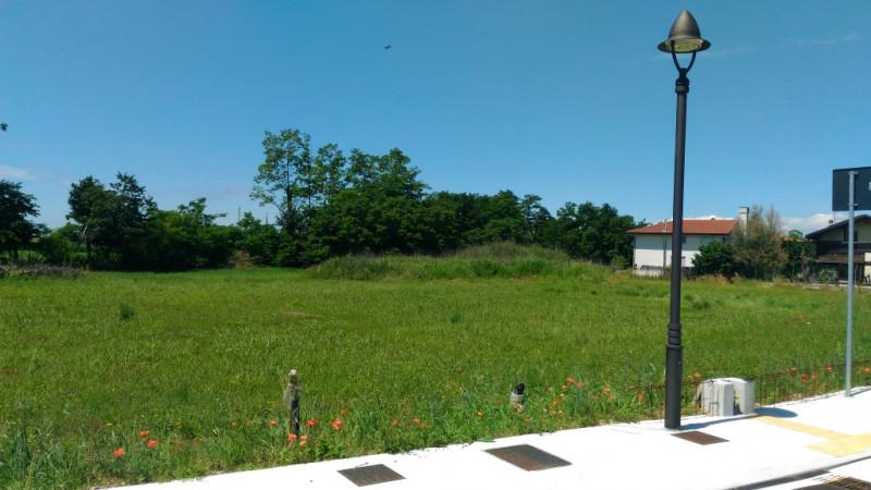 Vendo terreno edificabile residenziale Rezzato (BS)