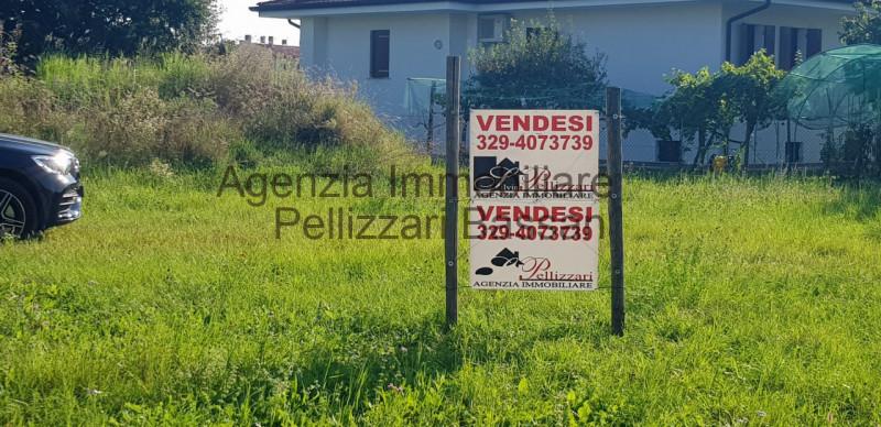 Vendo terreno edificabile residenziale Giavera del Montello (TV)