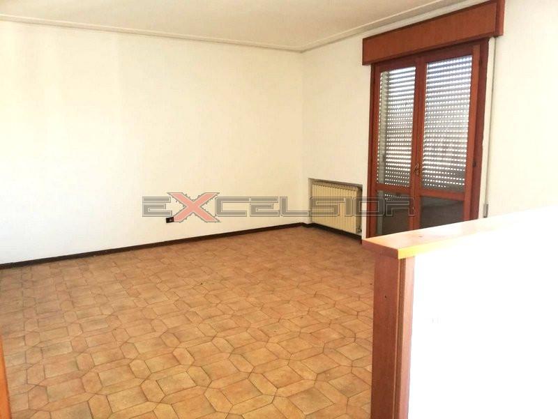 PETTORAZZA: Appartamento in zona centrale