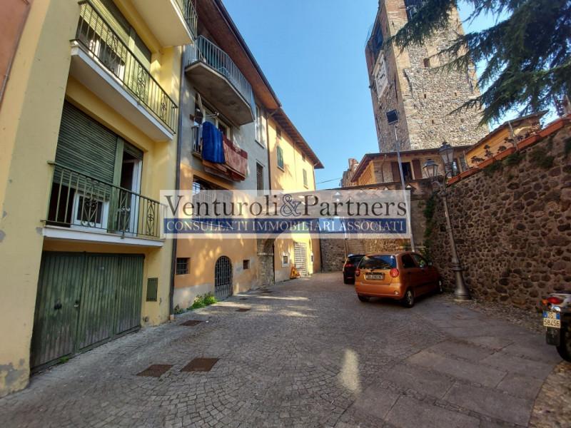 Ufficio / Studio in vendita a Bedizzole, 4 locali, prezzo € 120.000   CambioCasa.it