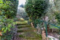 Indipendente con giardino e vista mare fantastica