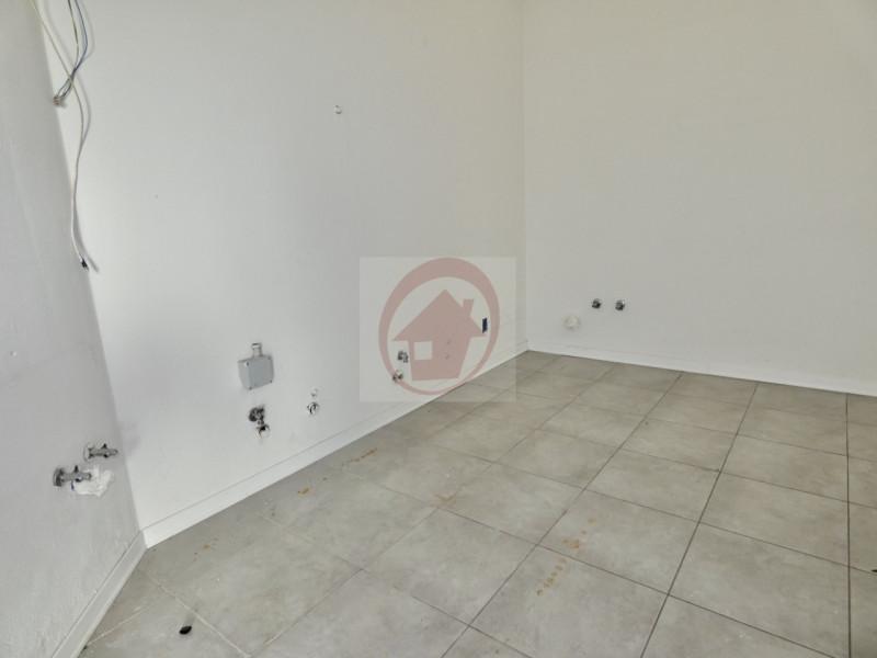 NEGOZIO GIA ALLESTITO PER BAR A VIGODARZERE - https://images.gestionaleimmobiliare.it/foto/annunci/201007/2316965/800x800/005__p1060820_wmk_0.jpg