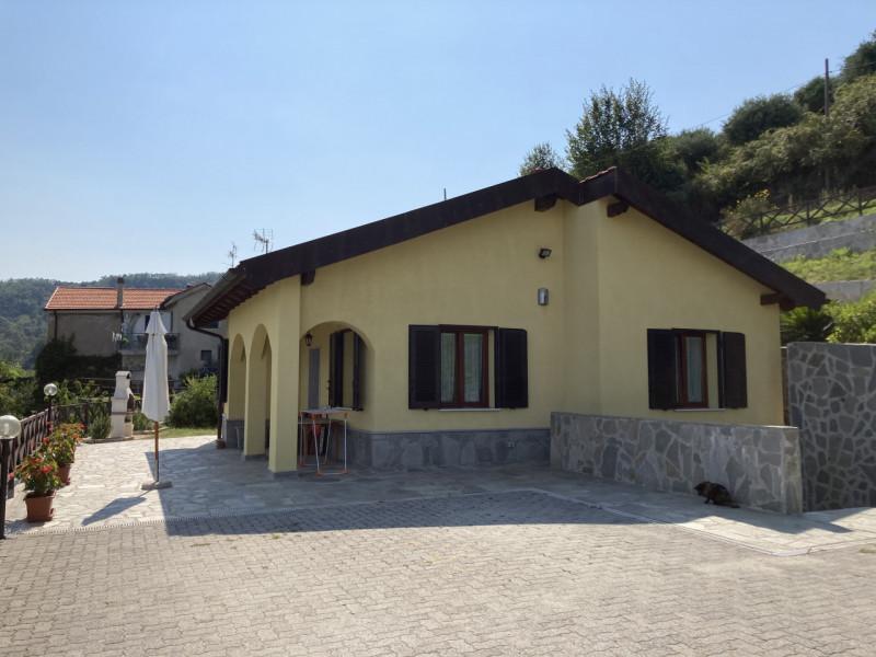 Villa in vendita a Savona, 2 locali, zona Località: Legino, prezzo € 395.000 | PortaleAgenzieImmobiliari.it