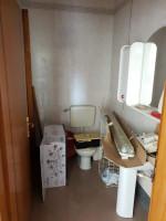 Negozio Ristrutturato con doppio bagno