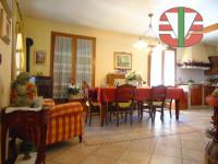 Santa Maria di Sala - Villa singola divisibile in due unità