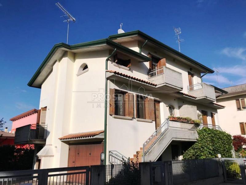 Villa Bifamiliare in Vendita a San Donà di Piave