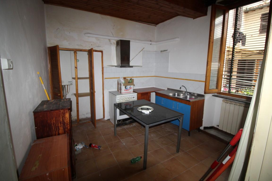 Montevarchi centro storico vendesi appartamento