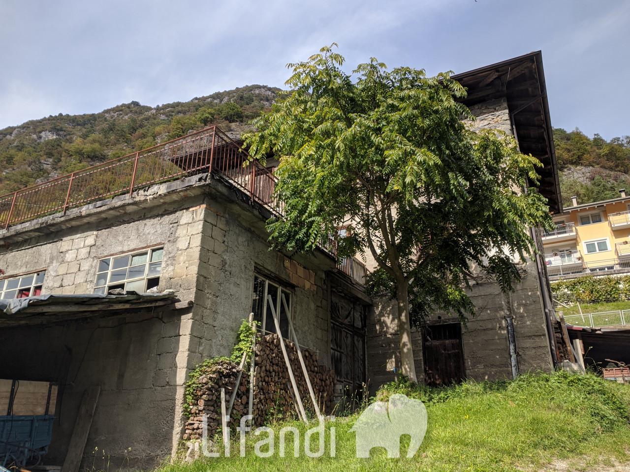 Caldes, Val di Sole: Casa indipendente da ristrutturare