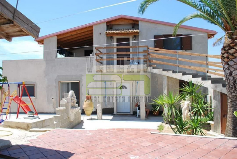 Villa in vendita a Pozzallo, 5 locali, prezzo € 550.000   PortaleAgenzieImmobiliari.it