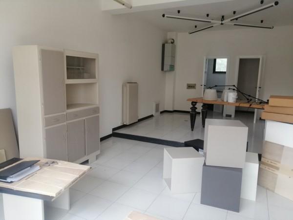 Locale commerciale ristrutturato ideale sia anche per ufficio