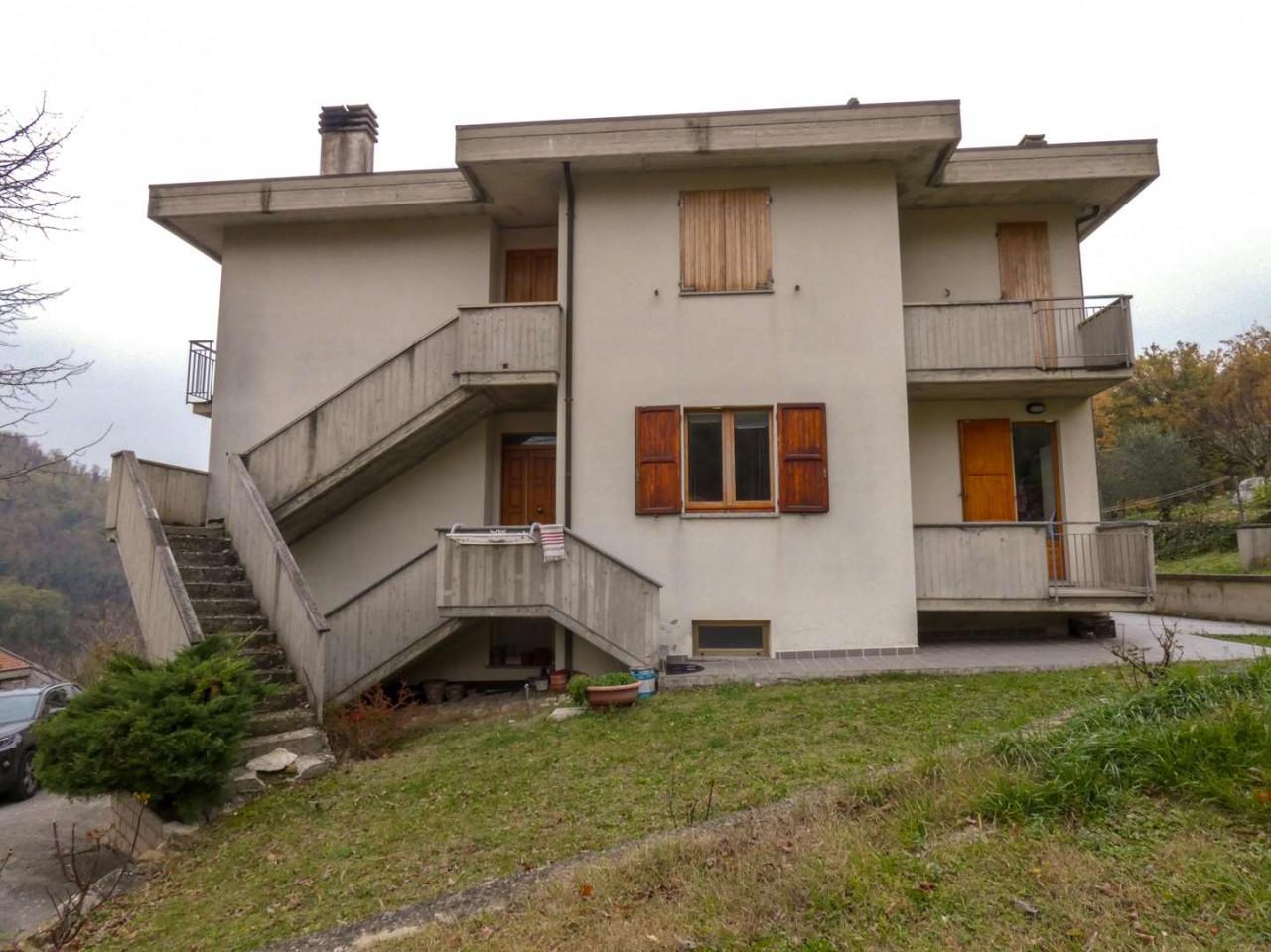 Ampio appartamento allo stato grezzo a Macerata Feltria