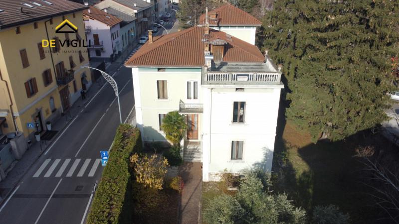 Villa in vendita a Mezzolombardo, 12 locali, Trattative riservate | CambioCasa.it