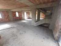 Appartamenti in piccolo stabile Sbarre Superiori