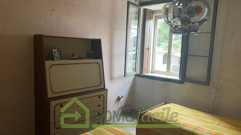 Schio - Giavenale casa a Schiera a euro 40.000 info 0444-291819 - https://images.gestionaleimmobiliare.it/foto/annunci/210108/2369517/800x800/999__whatsapp_image_2021-01-08_at_10_07_39__2.jpg