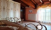 Carino, Moderno e Indipendente. Duplex a Lugagnano Val d'Arda