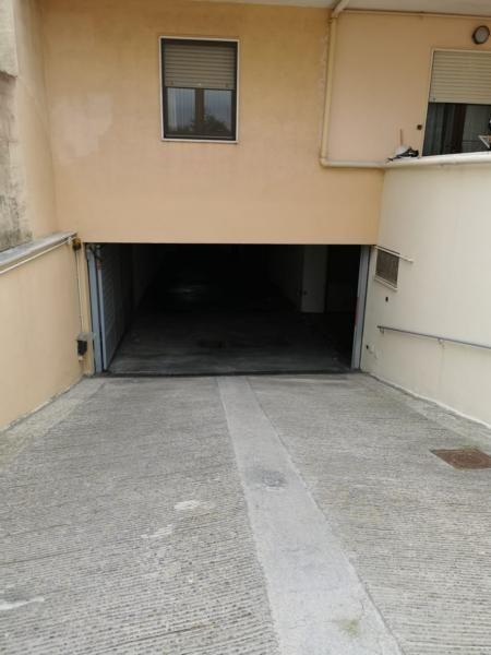 Gallipoli ampio box auto/deposito