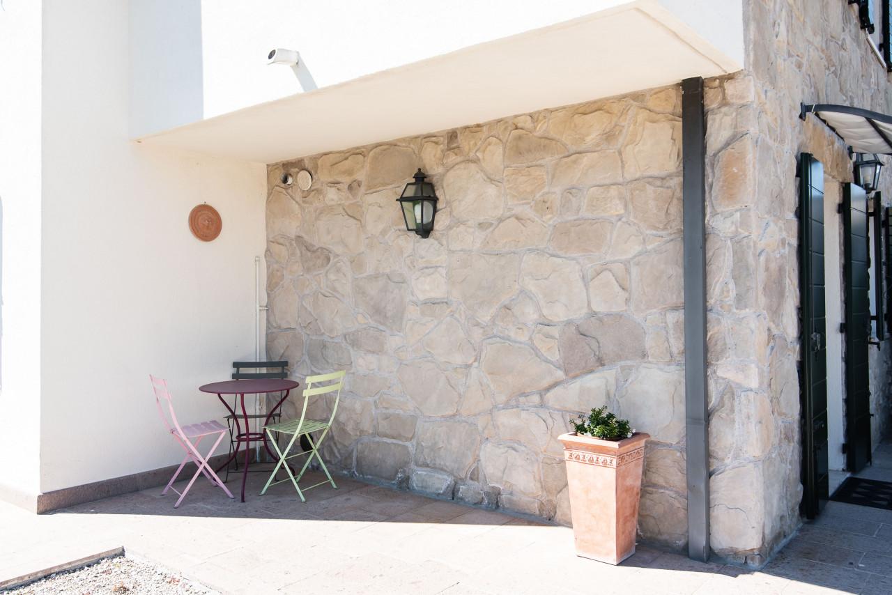 D318 Signorile casa singola con giardino e splendida vista in vendita a Torreglia https://images.gestionaleimmobiliare.it/foto/annunci/210121/2378070/1280x1280/053__blucasa-2178.jpg