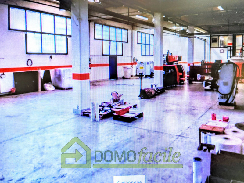 VICENZA OVEST - CAPANNONE INDUSTRIALE MQ 6897 - - https://images.gestionaleimmobiliare.it/foto/annunci/210126/2385842/800x800/001__20210126_155313.jpg