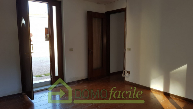 Casa a schiera in vendita a Thiene - https://images.gestionaleimmobiliare.it/foto/annunci/210127/2386391/800x800/002__whatsapp_image_2021-01-27_at_15_58_46__4.jpg