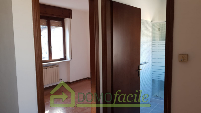 Casa a schiera in vendita a Thiene - https://images.gestionaleimmobiliare.it/foto/annunci/210127/2386391/800x800/008__whatsapp_image_2021-01-27_at_15_59_19__5.jpg