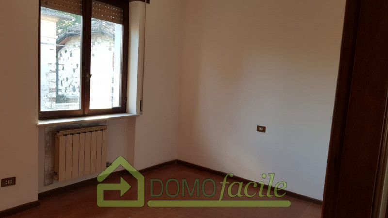 Casa a schiera in vendita a Thiene - https://images.gestionaleimmobiliare.it/foto/annunci/210127/2386391/800x800/009__whatsapp_image_2021-01-27_at_15_59_19__6.jpg