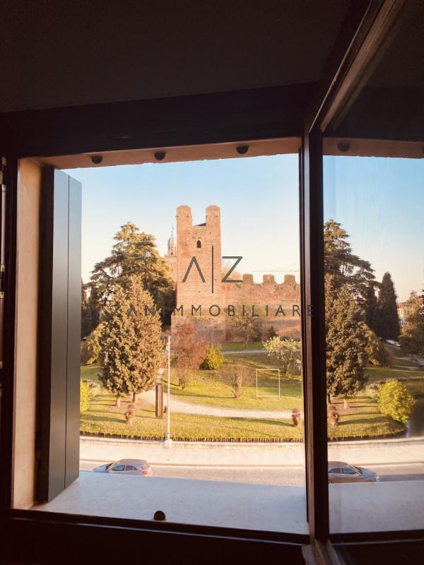 Attico / Mansarda in vendita a Castelfranco Veneto, 4 locali, zona Località: Castelfranco Veneto - Centro, prezzo € 650.000 | PortaleAgenzieImmobiliari.it