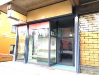 Locale commerciale fronte strada nel centro di Passignano sul Trasimeno